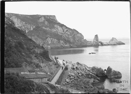 Anstey's Cove, Torquay, Devon No 8 c.1930s