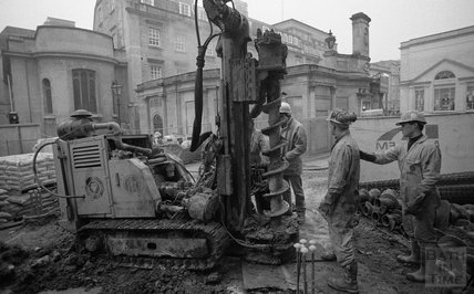 Small core pile drilling - Tower Crane Foundation, Thermae Bath Spa site 19 February 2001