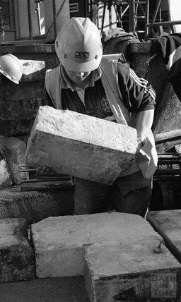 Lifting Bath stone at Thermae Bath Spa, 14 February 2001