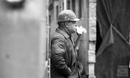 A candid study of a pipe smoking worker at the Thermae Bath Spa construction site, 8 January 2001