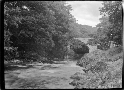 Holne Bridge, River Dart, Dartmoor, Devon c.1928