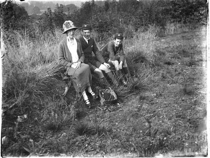 The photographer's wife and twin boys, Avoncliff, 1925