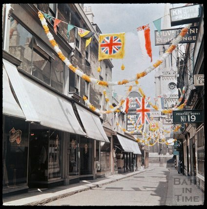 Dufaycolor view of Green Street, May 1937