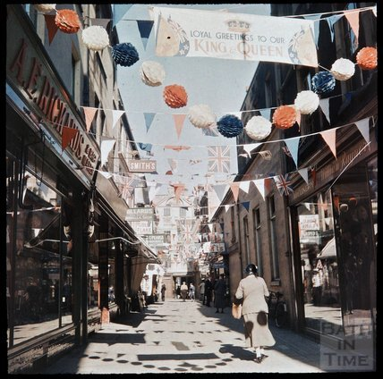 Dufaycolor view of Northumberland Place, May 1937