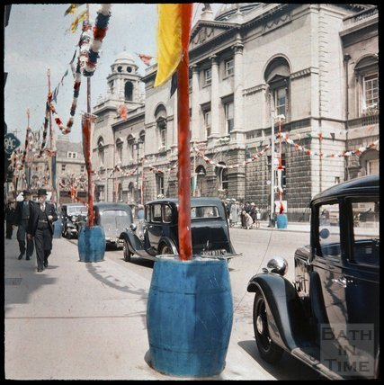 Dufaycolor view of the High Street and Guildhall, May 1937