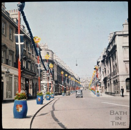 Dufaycolor view of Milsom Street, Bath, May 1937