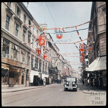 Dufaycolor view of Stall Street, Bath, May 1937