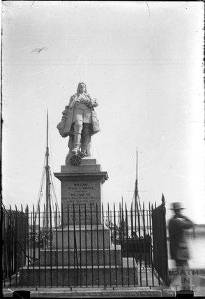 Statue of William of Orange, Brixham c.1930s