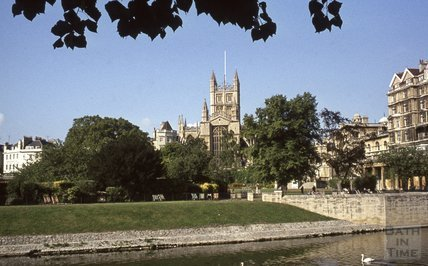 Bath Abbey viewed over Parade Gardens, 1979