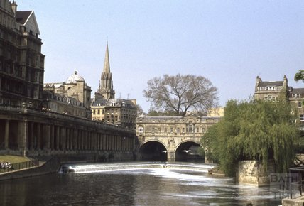 Pulteney Bridge, weir and Grand Parade, Bath, 1979