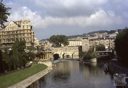 Pulteney Bridge and Empire Hotel, 1979