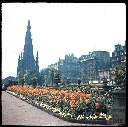 Scott Memorial, Princes Street, Edinburgh, c.1937