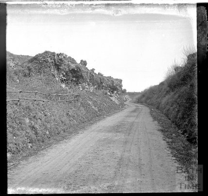 Unidentified Lane, possibly Selborne, Hampshire, c.1900