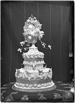 A wedding cake, c.1920s