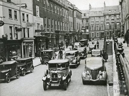 Traffic in George Street, c.1930s