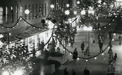 Christmas Lights in Southgate Street, Bath, 1975