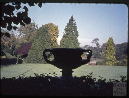 Stone garden urn, Dorchester, 1971