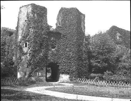 Berry Pomeroy Castle, nr Totnes, Devon. C.1900s
