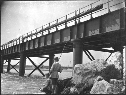 Weymouth-Portland railway bridge, c.1920s