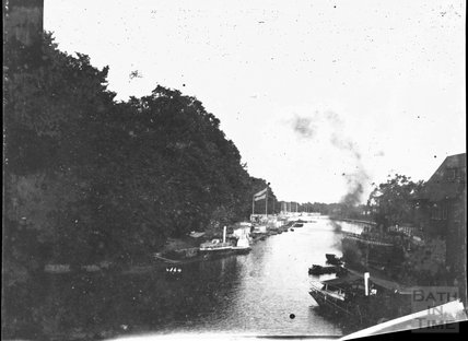 The River Thames taken from Folly Bridge in Oxford looking south east, c.1900s