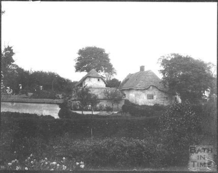 Cottages in an unidentified village, c.1900s