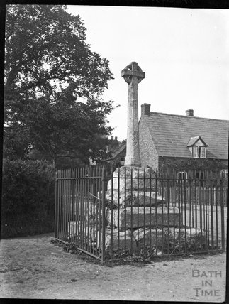Old preaching cross in the village of Hempsted, Gloucestershire, c.1900s