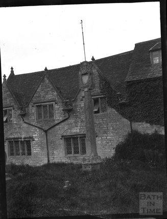 Churchyard cross at St Sampson, Cricklade, c.1900s