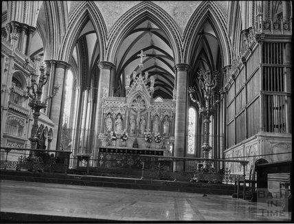 Old reredos and High Altar, Salisbury Cathedral, c.1900s