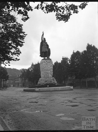 Statue of King Alfred the Great, Winchester, circa 1901