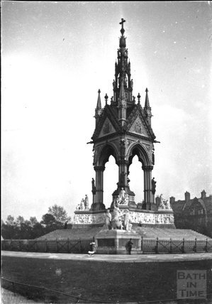 Albert Memorial, Kensington Gardens, London c.1900s