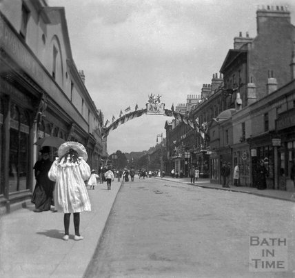 A young girl crossing Pulteney Bridge, 1897