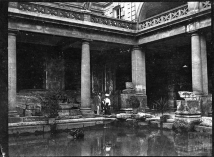 Group shot at the Roman Baths c.1900