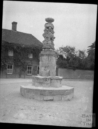 Wilton village cross c.1900s