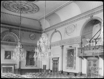 Inside Banqueting Room of the Guildhall Bath, c.1905