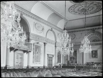 Inside the Banqueting Hall, in the Guildhall, Bath, c.1905