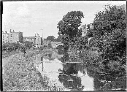 The Kennet and Avon Canal, Sydney Buildings, Bath c.1930