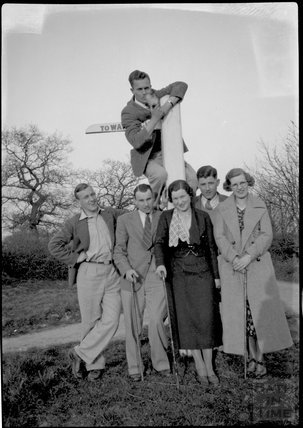 A group of young adults on the way to Warleigh, c.1930s