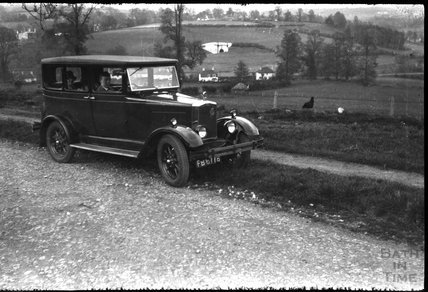 A roadside stop for a photograph, near Box, Wiltshire, c.1930s