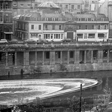 Looking down on the newly completed weir at Pulteney Bridge, 1 June 1972