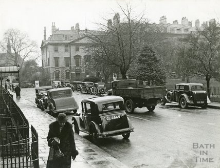 Queen Square and the Francis Hotel, c.1930s