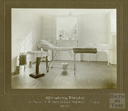 Operating Theatre, St John Ambulance Hospital, Newton Park 1915
