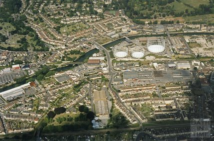 1993 Aerial view of Oldfield Park / Lower Weston Sept