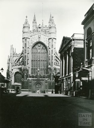 West front of Bath Abbey from Abbey Church Yard, c.1930s