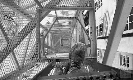 View down through the middle of the tower crane on Bath Street, 11 May 2001