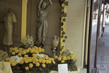 Jolly's window display, Milsom Street, Bath, 1963