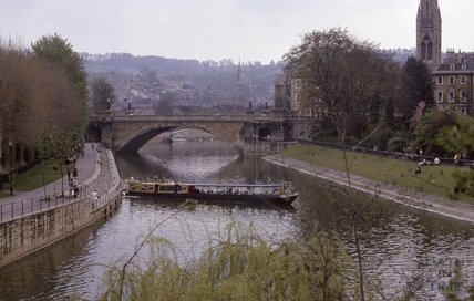 View towards North Parade Bridge, 1975