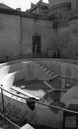 The new Cross Bath under construction at Thermae Bath Spa, 25 August 2001