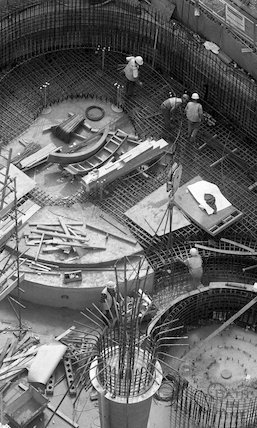 An overhead view of the Minerva Bath under construction for Thermae Bath Spa, 25 August 2001