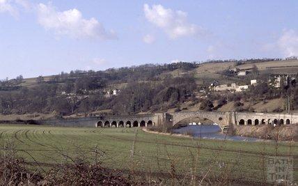 Newbridge and river, Bath, Apr 1979