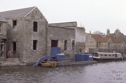 Sydney Wharf, Kennet and Avon Canal, Bath May 1979